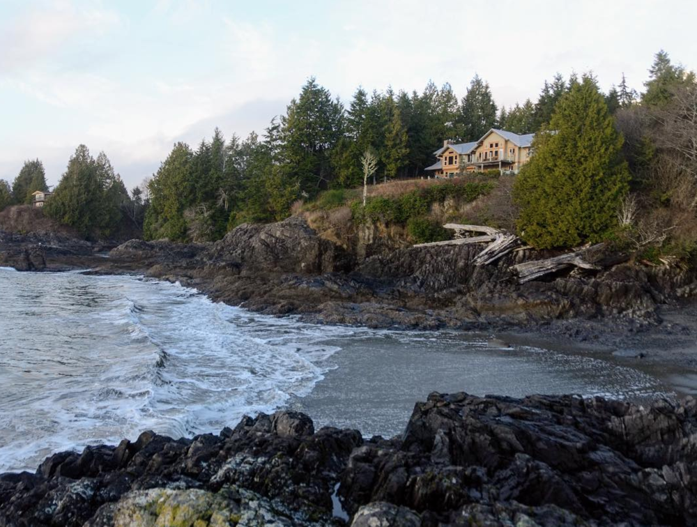 The lodge, beach view. PC: The Homestead Tofino