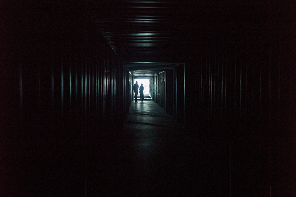 People in a tunnel, 2018