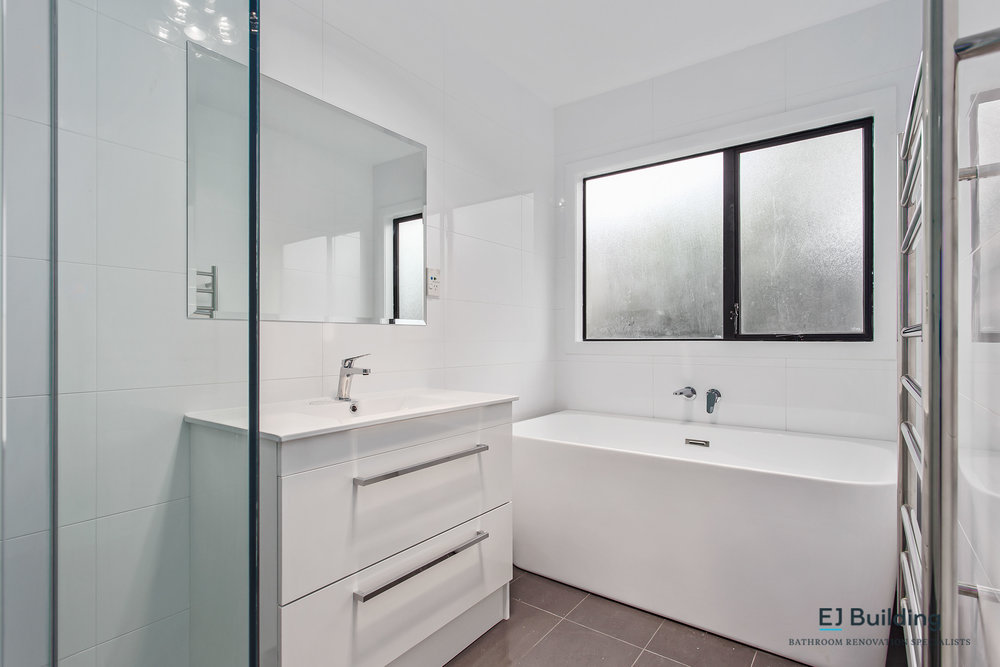 Bathroom renovators East Auckland.