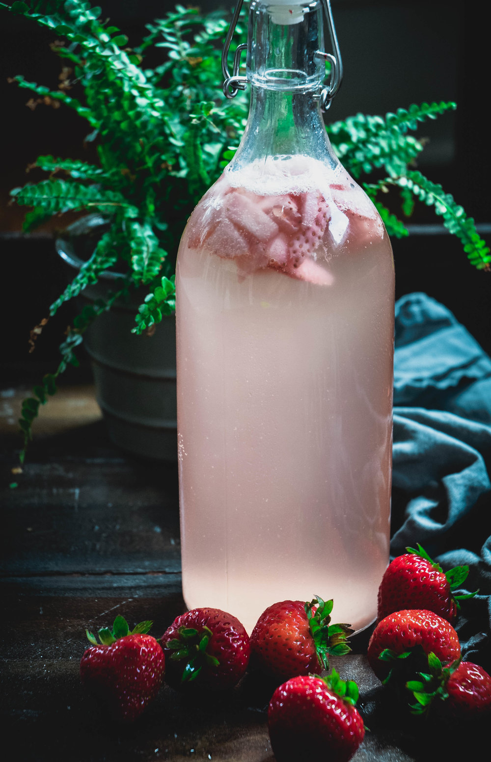 strawberry water kefir