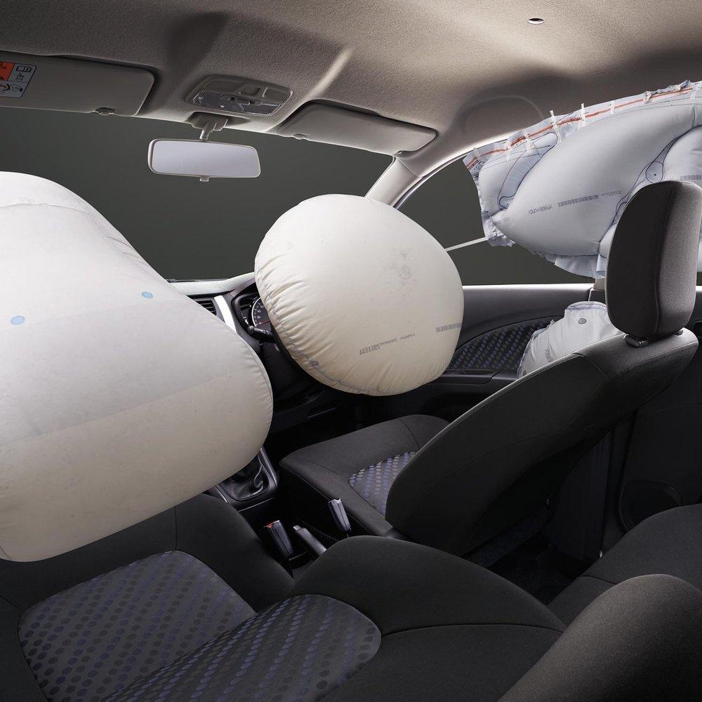 celerio_airbags.jpg