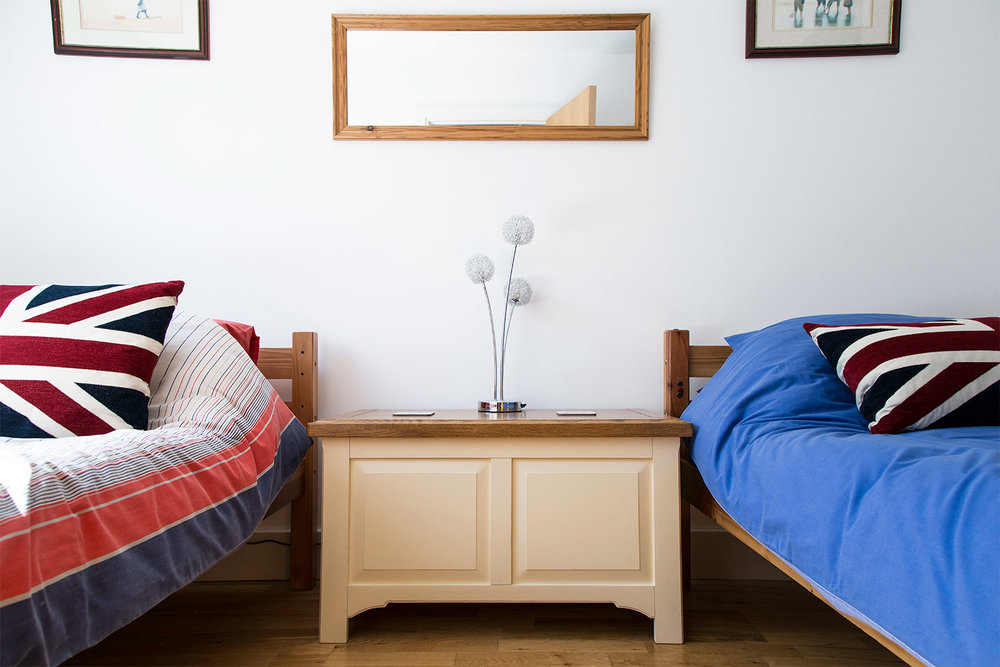 wightshore_island_harbour_bedroom.jpg