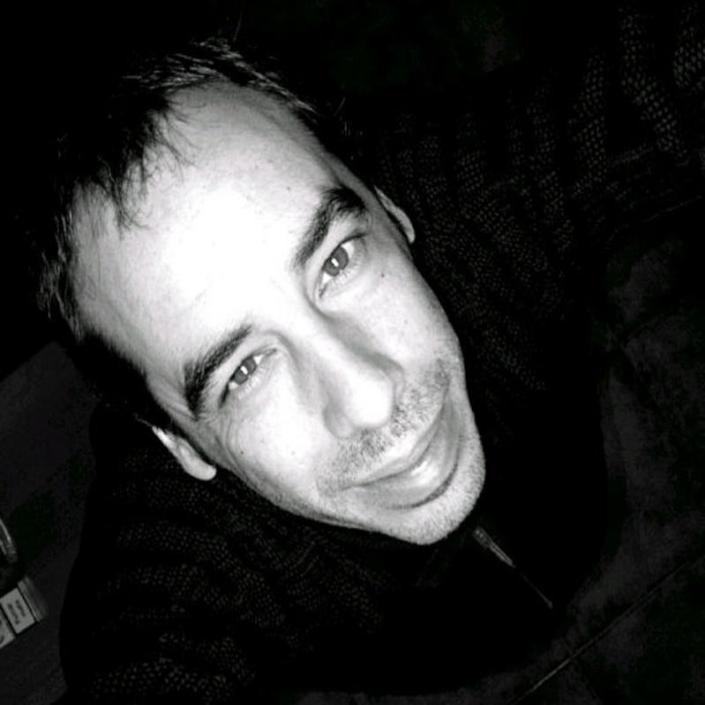 Carlos Bassas - Escritor y guionista