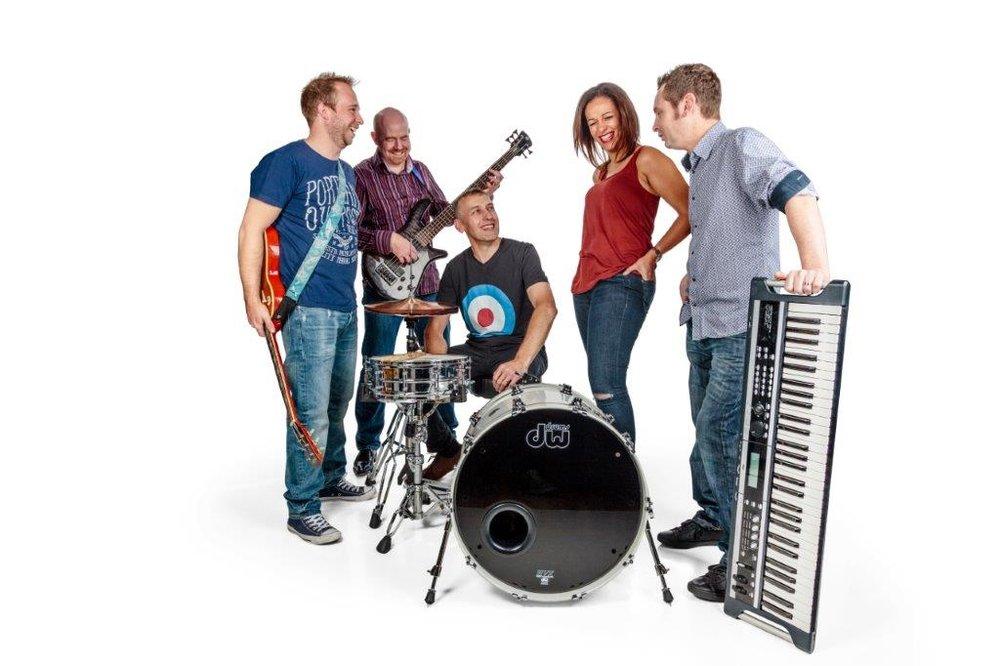 The Eclectix band at Swanbourne Music Festival near Milton Keynes Buckinghamshire.jpg