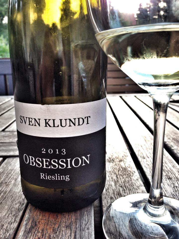 WINZERABEND MIT SVEN KLUNDT - Einer der jungen und verdammt guten Winzer aus der Pfalz. Sven hat uns über den besonderen Boden in der Pfalz und was das mit seinen Weinen zu tun hat aufgeklärt. Ein toller Abend gewesen!
