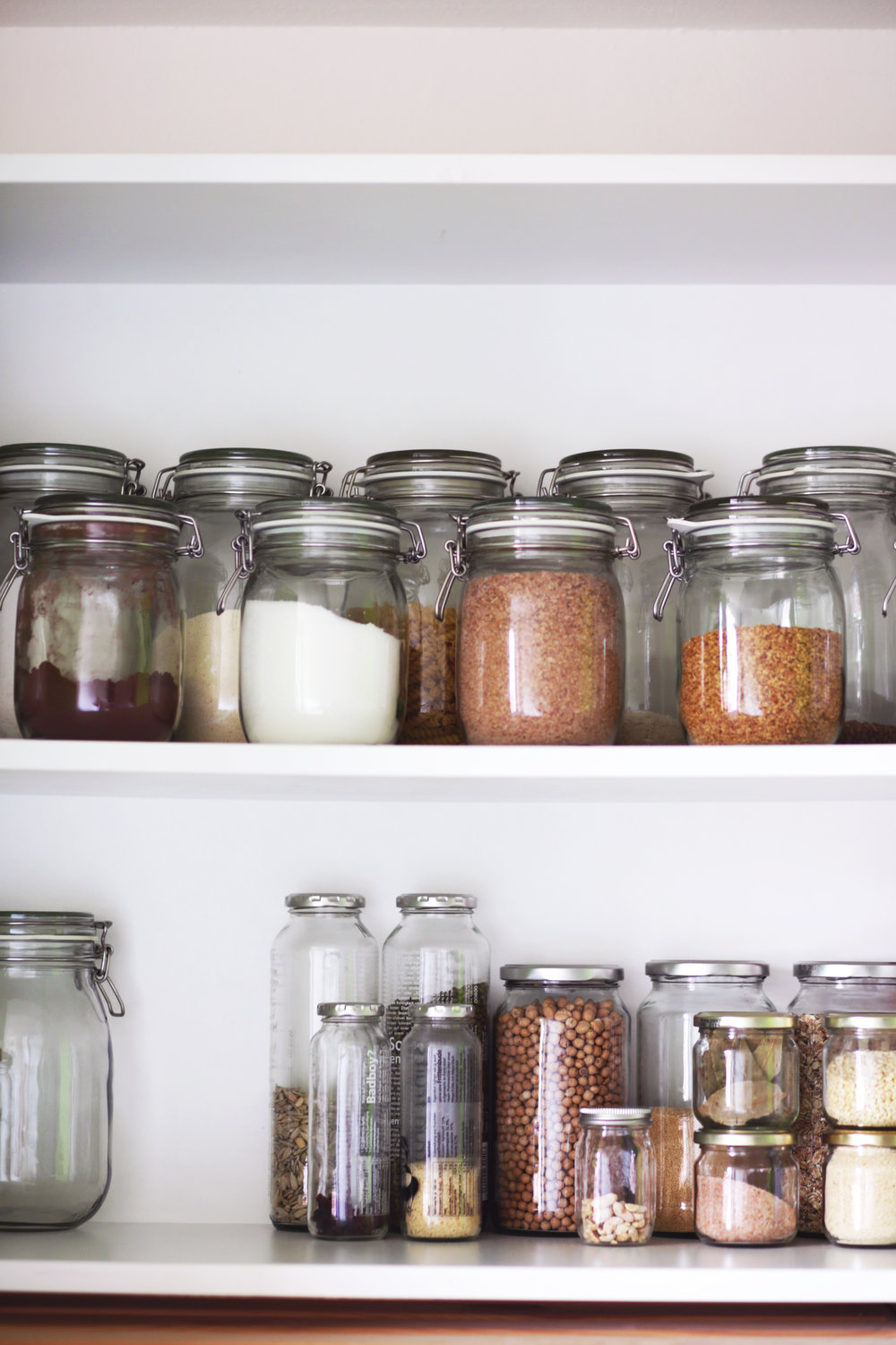 Give your pantry a reboot with nutritious nutrient rich clean foods  image: @lauramitulla