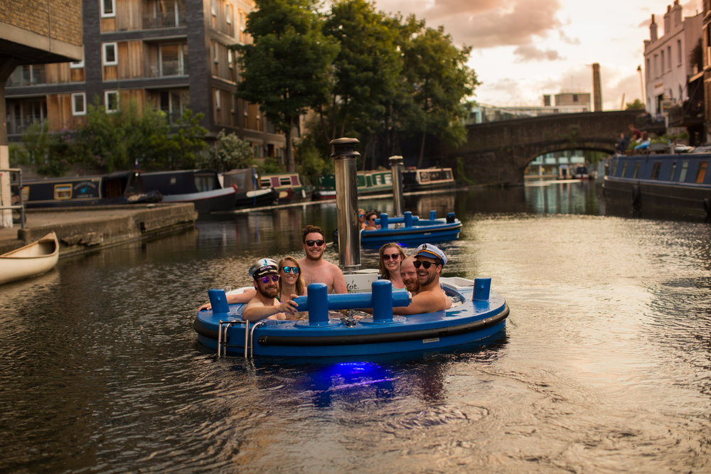 HotTug London group experiences