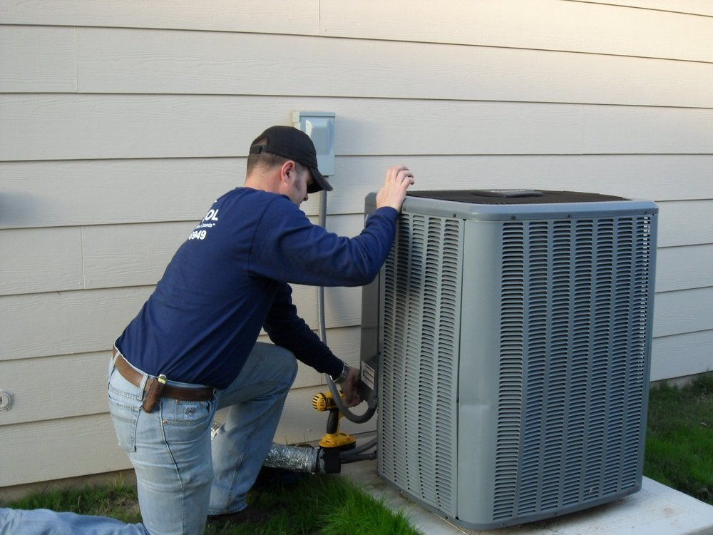 Heating and air - We use the latest equipment and software programs to properly analyze and diagnose air conditioning and heating systems