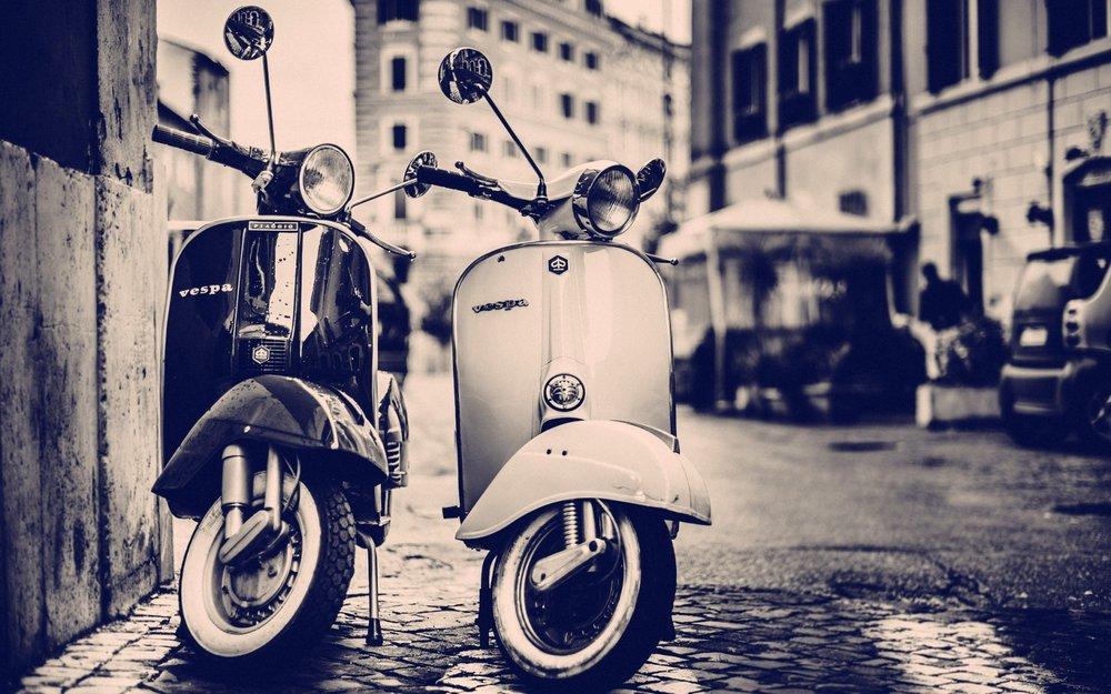Two-Vintage-Vespas.jpg