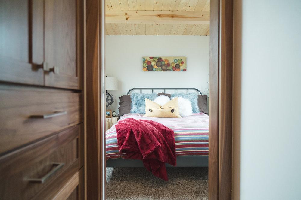Bedroom Fits Queen Size Bed