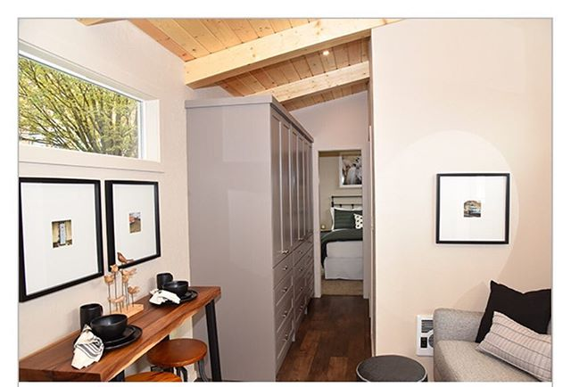 The Mini Mansion is ready for auction! A huge thanks to Lovejoy Real Estate, Make a Wish Oregon, KGW, and Chancellor Designs for making this happen and making the Mini so pretty! Please follow the link for more information on the auction. #minimansion #minimansions #downtown #portland #pearldistrict #lovejoyrealestate #chancellordesigns #kgw #makeawishfoundation #oregon #easyparking #onsite #onlocation #auctiontime http://oregon.wish.org/WishMansion