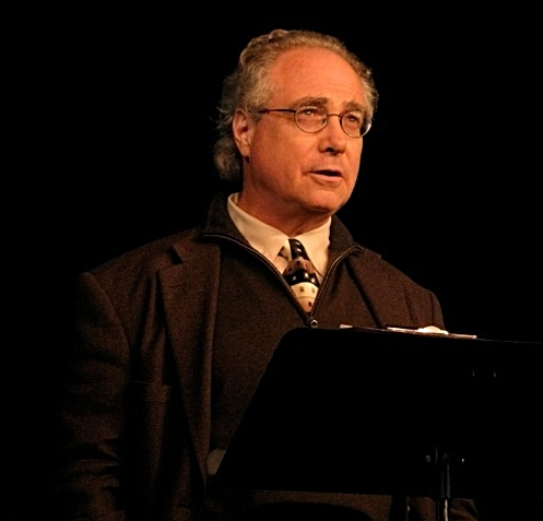 Dan Friedman addressing Castillo Theatre Gala, November 2013 (Photo: Ronald L. Glassman)
