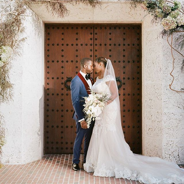 #tbt To the sweetest souls I've ever worked with 💕 Captured by @erikadelgadophoto • Planning by @roxannebellamy • Featured on @insideweddings Link in bio