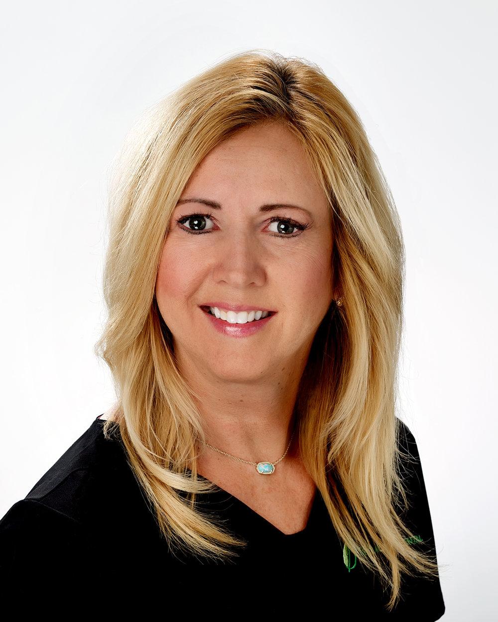 Sharon(Front desk)