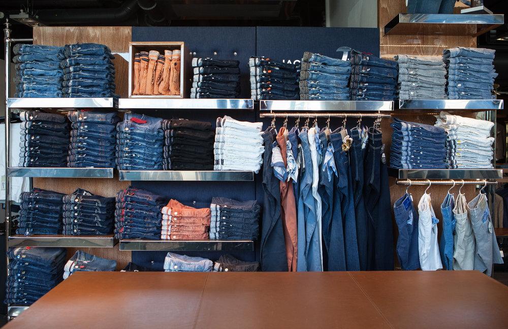 JACOB COHEN - Ett av Norges største utvalg av Jacob Cohen. Vi tilbyr ett bredt utvalg av jeans, bomullsbukser, pique, shorts, jakker med mer fra Jacob Cohen.