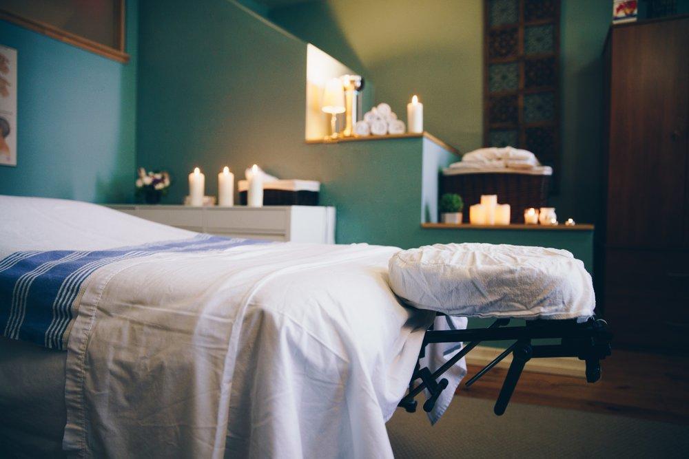 spa-massage-table-room_4460x4460.jpg