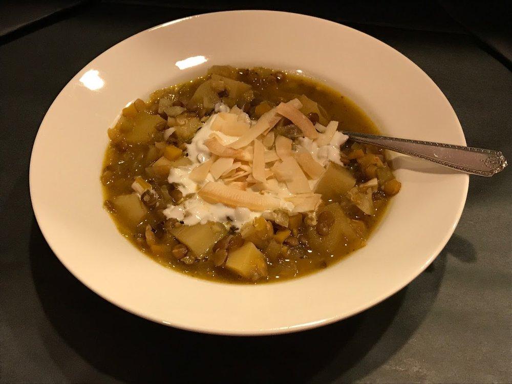 Mulligatawny soup bowl.JPG