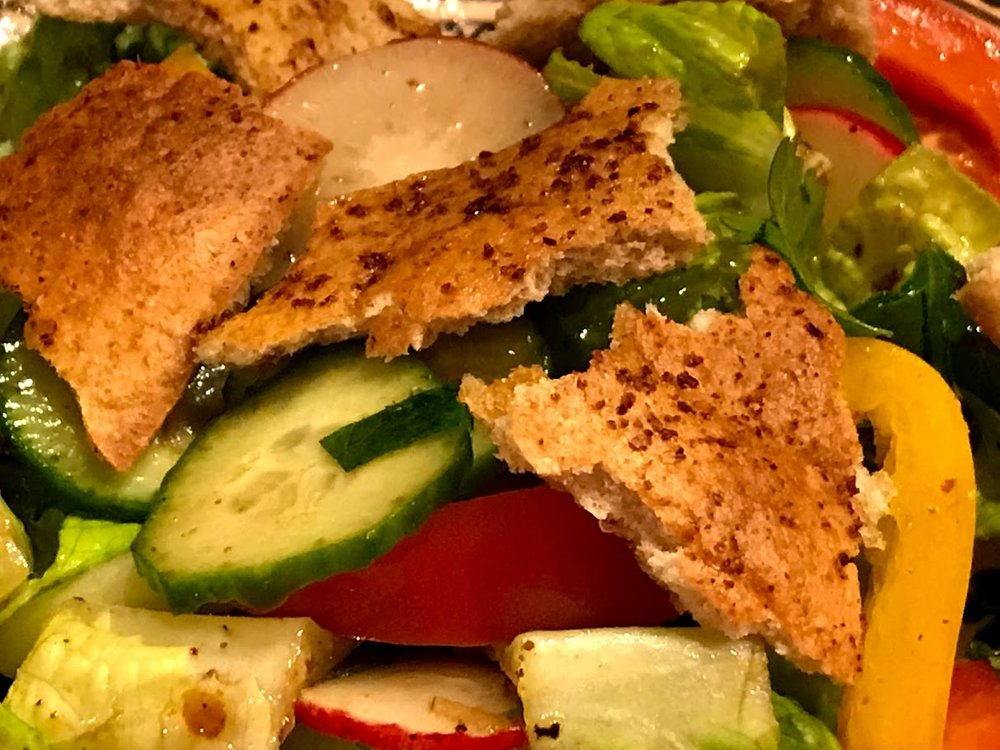 Fattoush close up.jpg