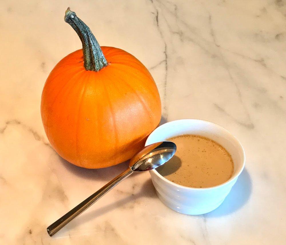 pumpkin latte plate.jpg