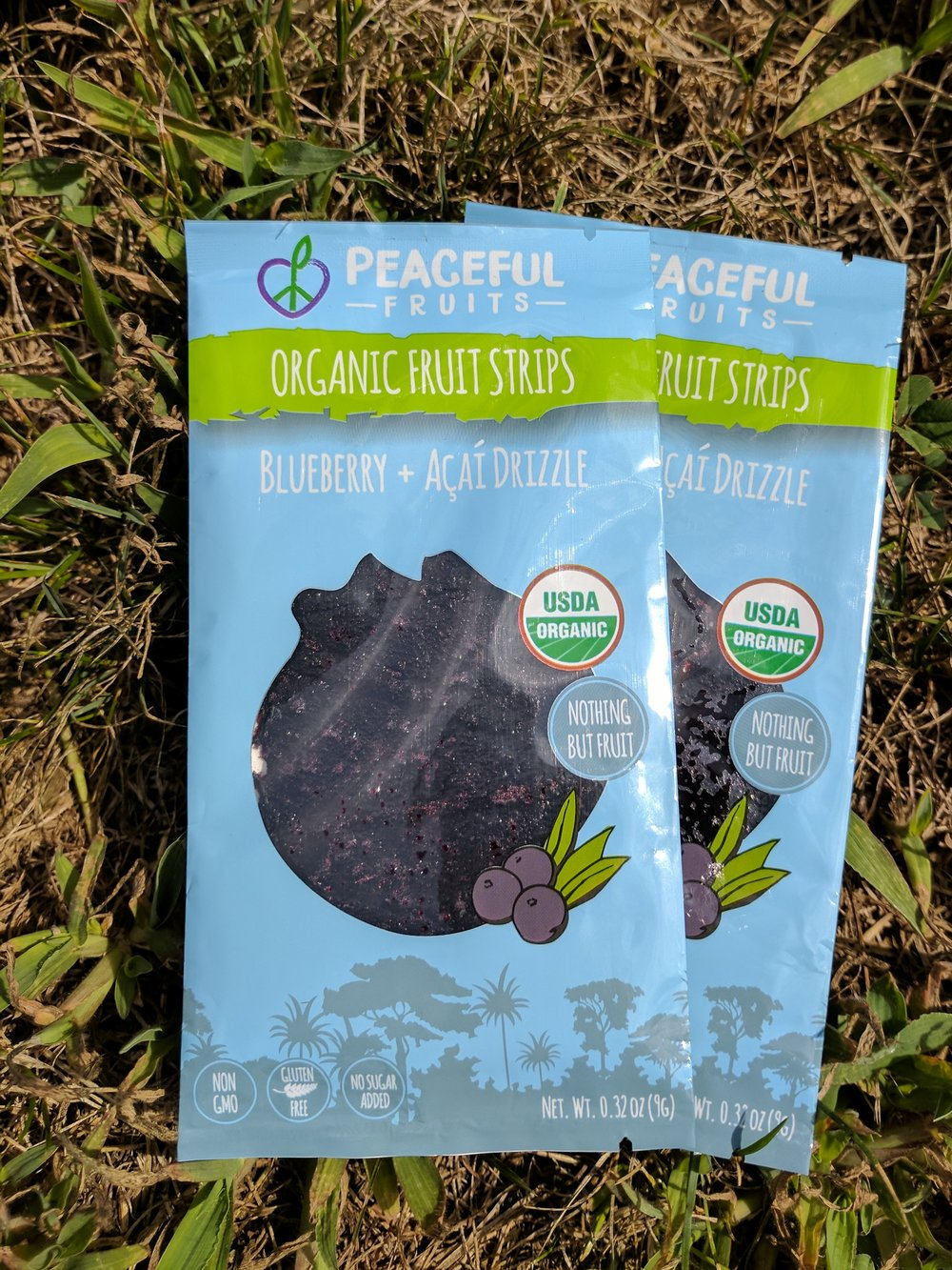 Jammy and with just the right amount of sticky, Blueberry + Acai Drizzle is a walk in the blueberry-picking woods. These whole fruit snacks have a subtle sweetness that leaves you with the cyan blue tongue tattoo of nature.