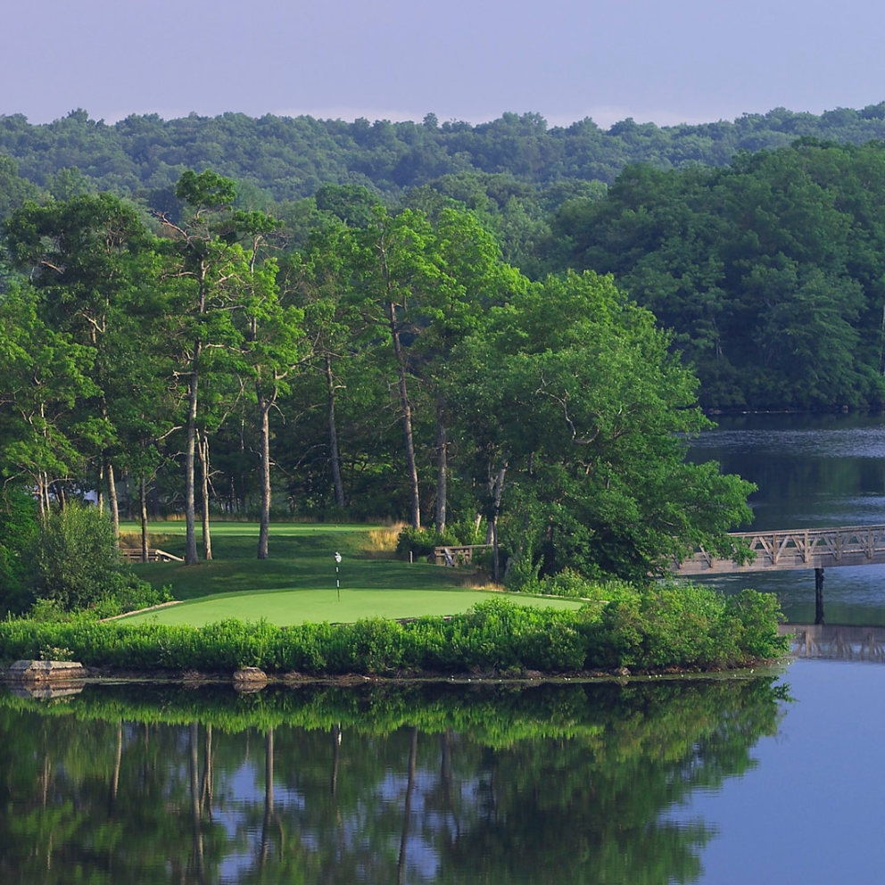 lake of isles golf course - 1 Clubhouse Dr. North Stonington, CT(888) 475-3746lais-concierge@troongolf.com