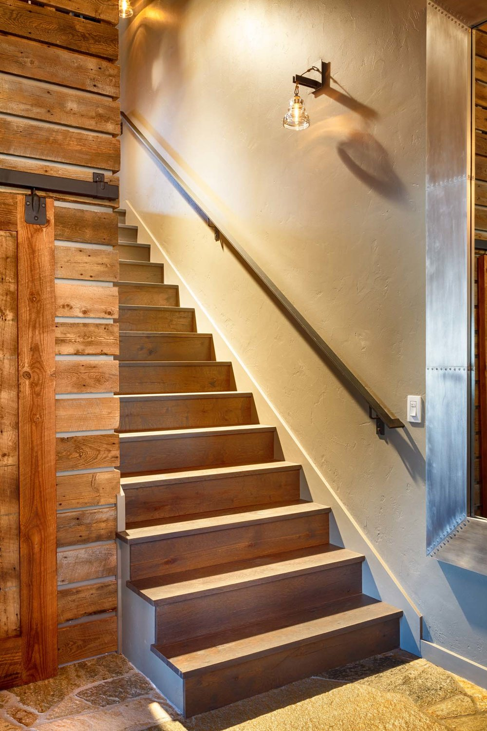 entry-stairs_7544.jpg