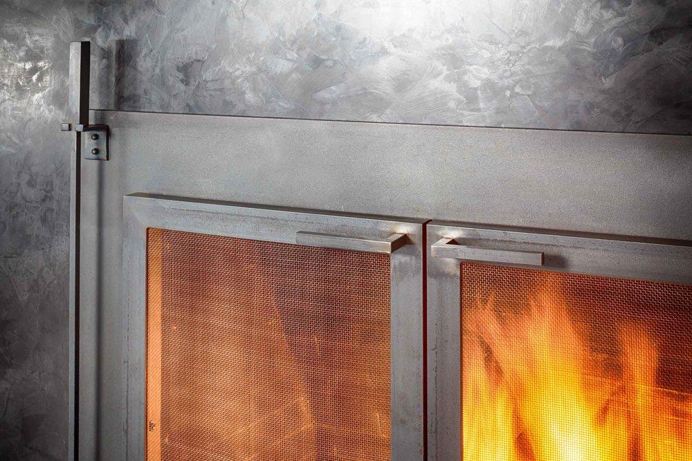 fireplace_7334.jpg