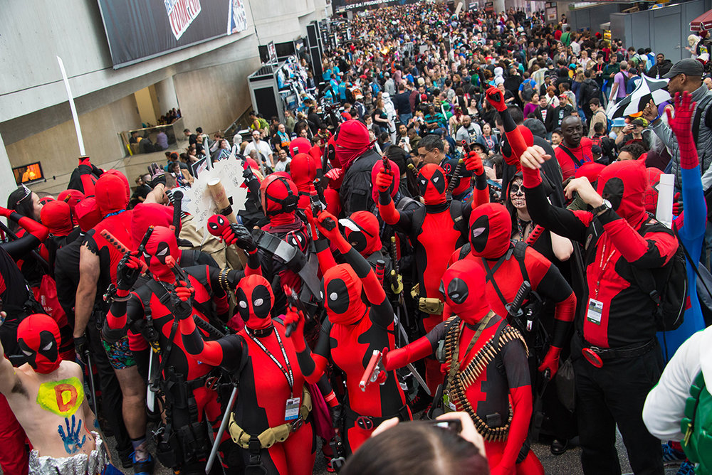 NYCC-2014-DeadpoolGroup.jpg