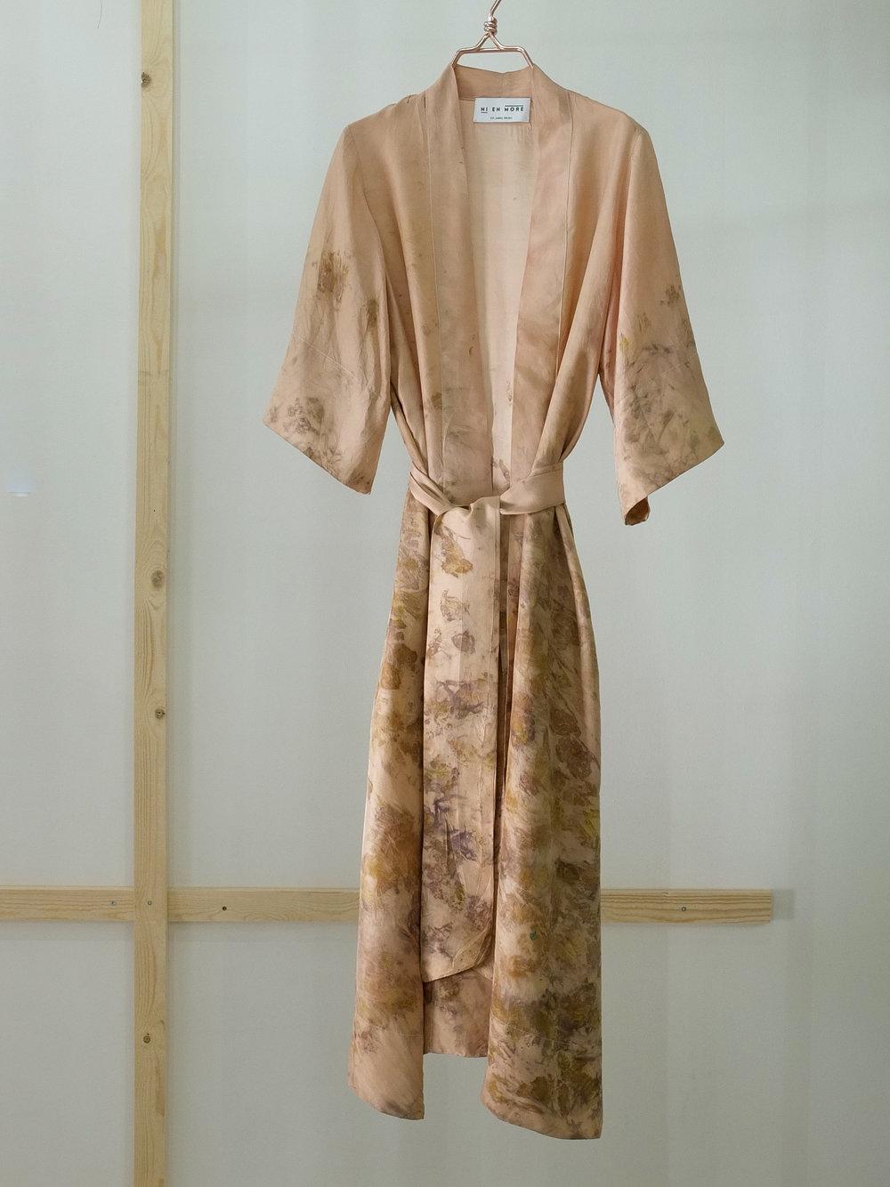 Robe 11 front m belte.JPG