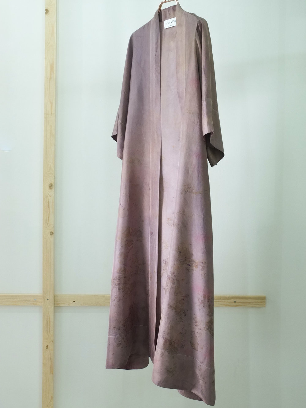 Robe 32, front - side u belte, str M.JPG