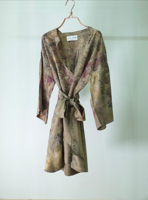 ** NEW ARRIVAL ** — SILK TUNIC — NO  . 7 OF 16 —  SIZE S