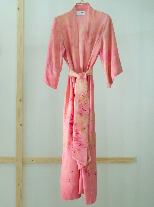 ** NEW ARRIVAL ** — SILK ROBE — NO  . 9 OF 33 —  SIZE M