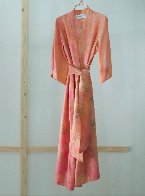 ** NEW ARRIVAL ** — SILK ROBE — NO  . 31 OF 33 —  SIZE M