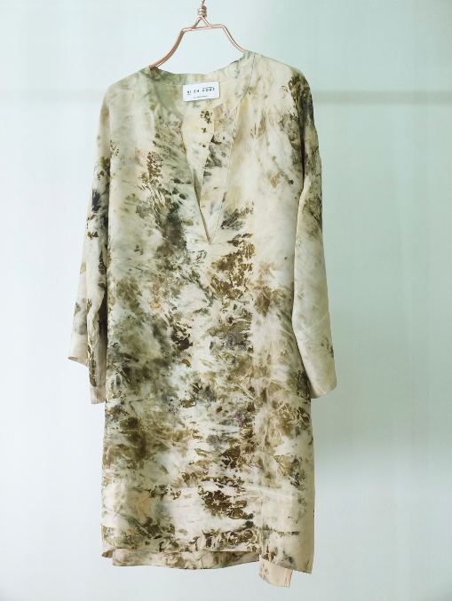 ** NEW ARRIVAL ** — SILK TUNIC — NO  . 16 OF 16 —  SIZE M