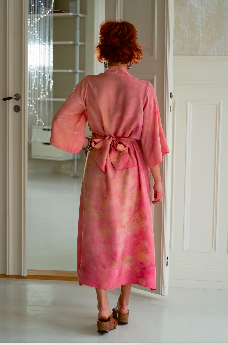 ** NEW ARRIVAL ** — SILK ROBE — NO  . 28 OF 33 —  SIZE S