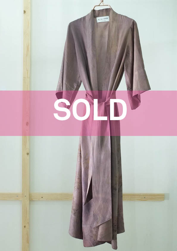 ** NEW ARRIVAL ** — SILK ROBE — NO  . 32 OF 33 —  SIZE M