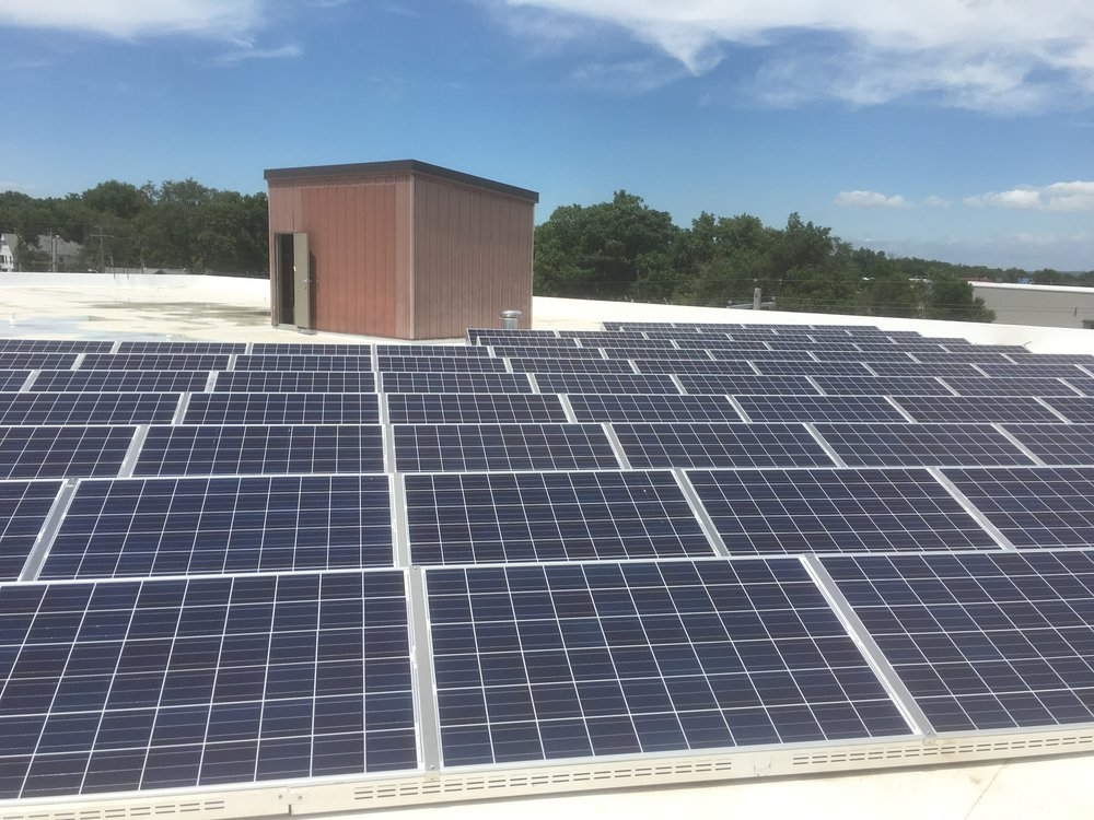 Peoria, Illinois Ballasted Rooftop Solar Installation