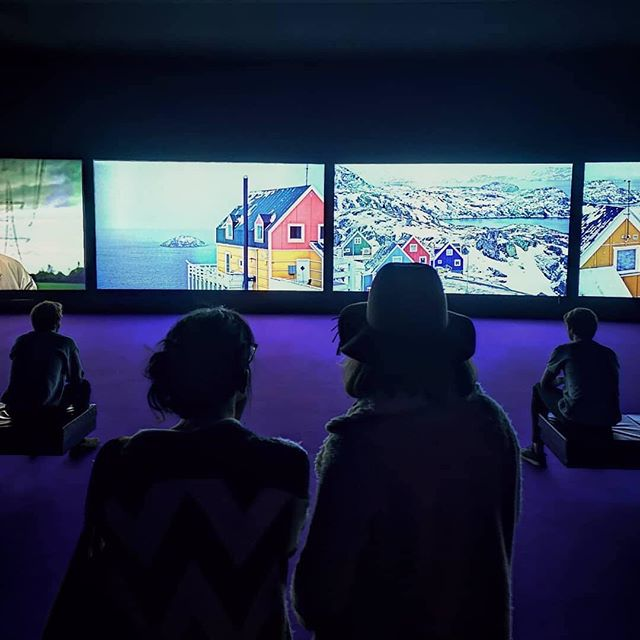 "The newly opened exhibition ""Purple"", by John Akomfrah at Museu Coleção Berardo in Lisbon presents an epic and immersive video installation on 6 synchronized HD screens with surround-sound screens. We love seeing artists using digital technique to talk about contemporary important topics like climate change!  #Niio #Niioart #Letartin #ArtForADigitalAge #JohnAkomfrah #MuseuColeçãoBerardo"