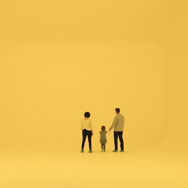 Repost @massmoca  makes the best surroundings for family portraits 💫 In James Turrell's hands, light is more than simply a source of illumination: it is a discrete, physical object. His sculptures and architectural interventions elevate our experience and perception of light and space. His practice has been shaped by the ongoing manipulation of architecture, framing and altering the way viewers engage with the environment. MASS MoCA presents a multi-decade retrospective of Turrell's work with galleries designed and constructed specially to best accentuate his installations. This exhibition features a major work from each decade of the artist's career and will be on view through 2019!  #Niio #Niioart #jamesturrell #massmoca #Letartin #ArtForADigitalAge