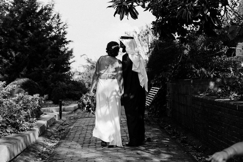 CemeteryWedding-19.jpg