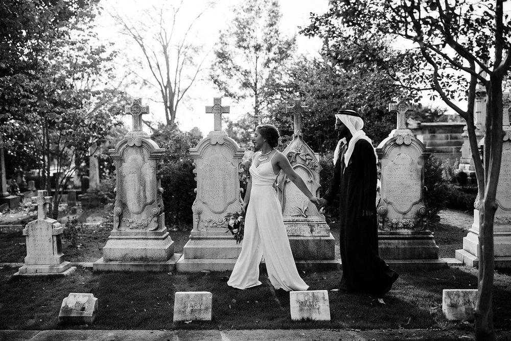 CemeteryWedding-18.jpg