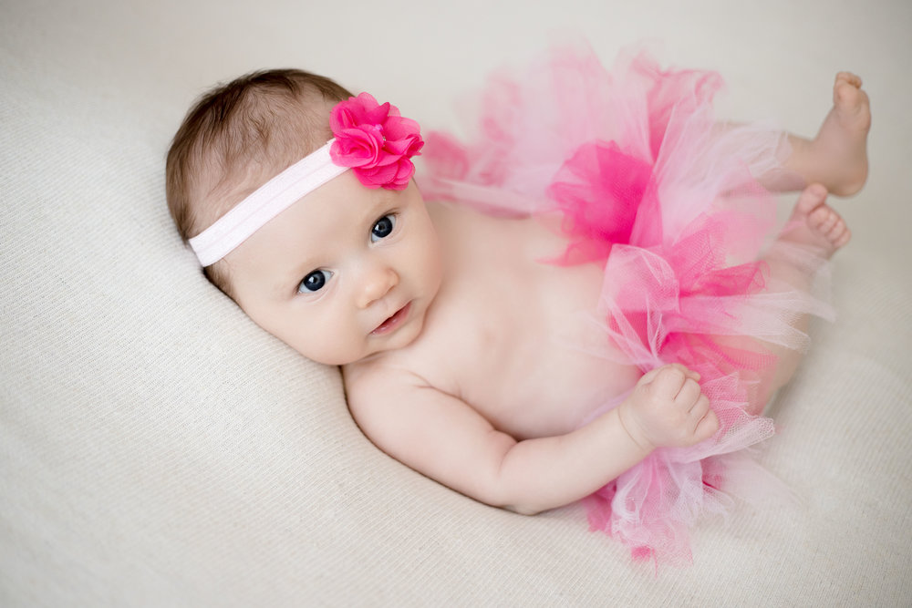 Her mother also brought this adorable tutu and matching headband. The outfit was perfect and I loved that pink color.