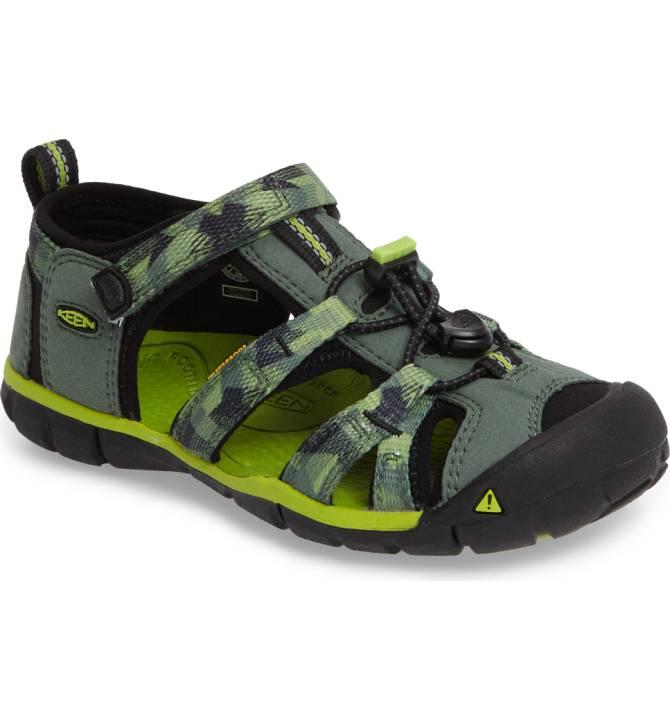 keen sandals.jpg