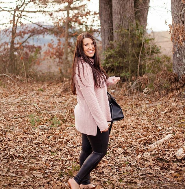 Hey ladies ❤️ I hope each of you have had an amazing Christmas and New Years!! I know I did, today was my first day back at work, so my hiatus is over. So, let me start out by sharing sharing the amazing thermal I've been living in! This top is incredibly soft and so cozy, available in four colors and is only $39!! You can snag one here : https://www.shopstyle..com/collective/momcasual/42997880 or by following the link in my bio and clicking Shop My Instagram!! #nordstrom #momblogger #styleblogger #ncblogger