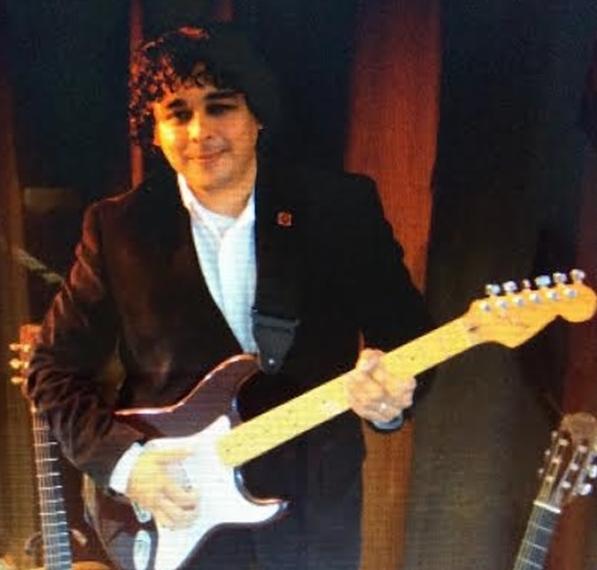 Domingo Vasquez, founder and teacher for MusicoLessons LLC