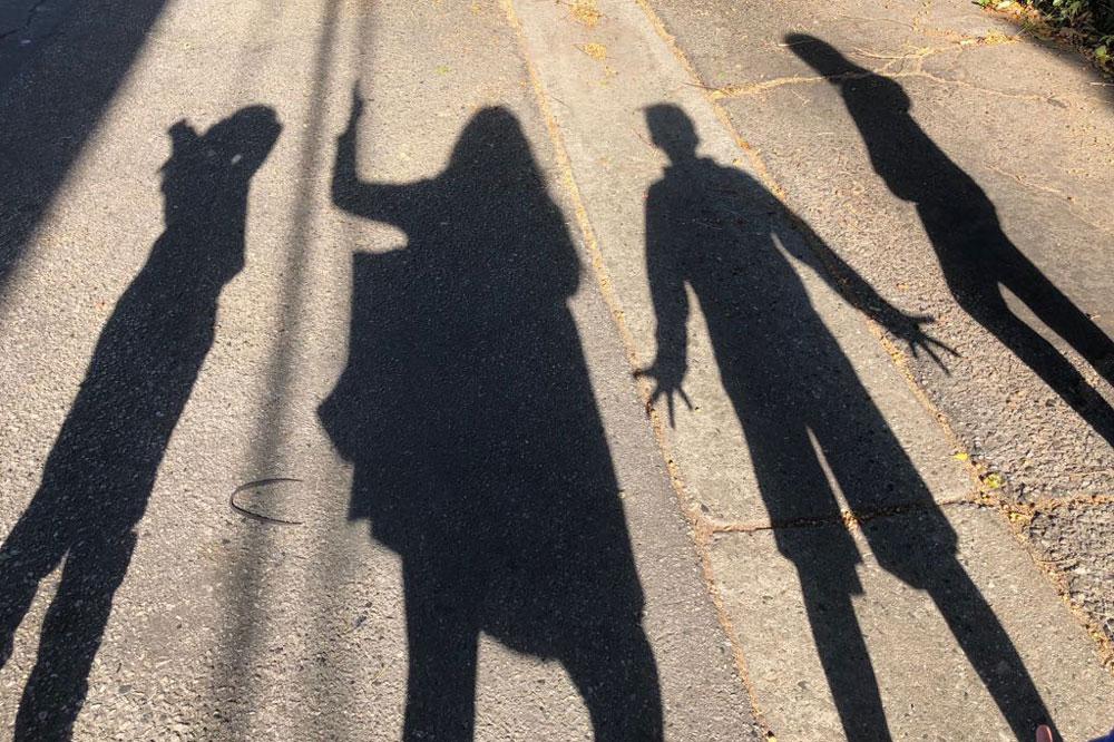 shadows_1000.jpg