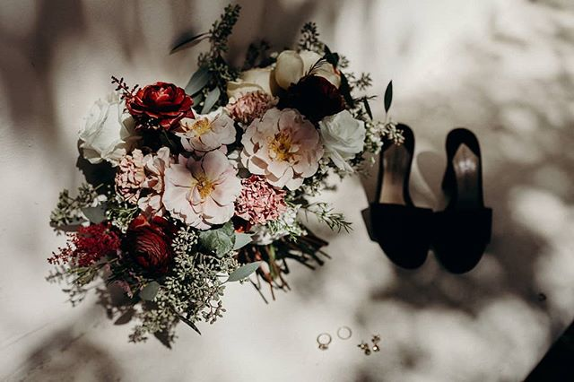 there are so many pretty scans I don't even know where to start. photo by the incredible @katherinejoyphoto and many more to come . . .  photographer @katherinejoyphoto / florist @12olivefloral / planner @figandwhiskey