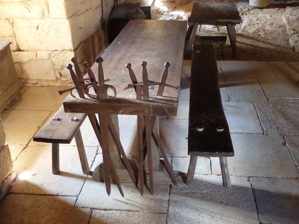 Guenther1_Dining table, Chateau de Beynac.JPG