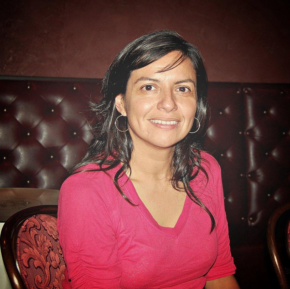 Mariela in pink