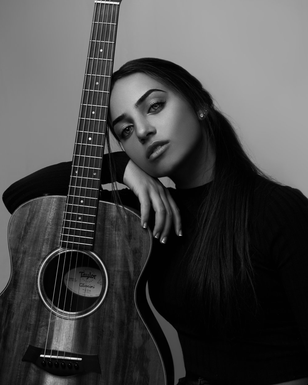 Samara and Her Guitar (c0py) 3.jpg